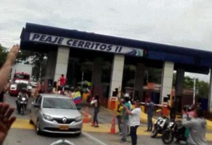 Vía Pereira- Cartago