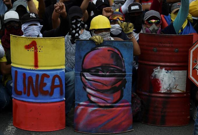 'Primera línea' durante las manifestaciones en Colombia