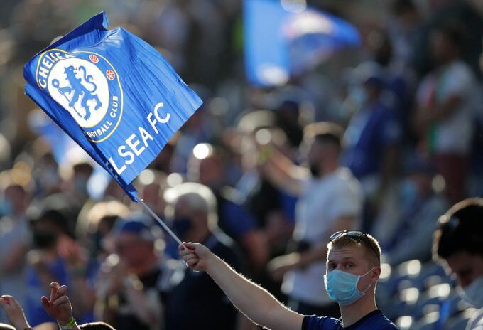 Hinchas de Chelsea emotivos en Final de la Champions League