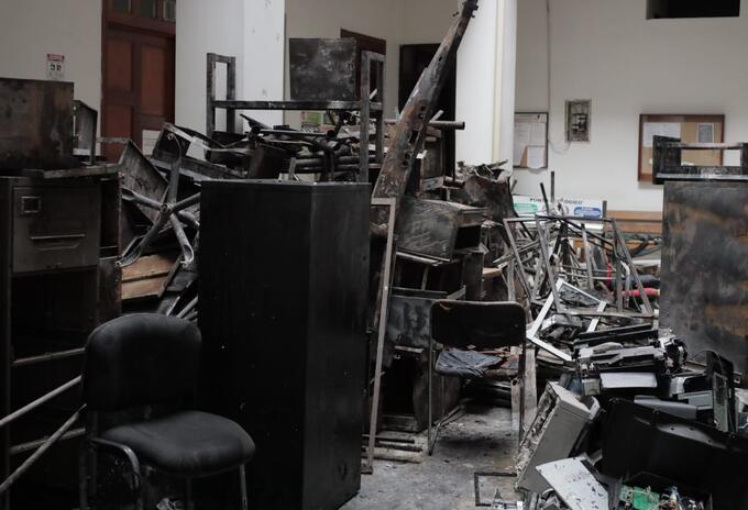 El despacho del alcalde fue uno de los más afectados.