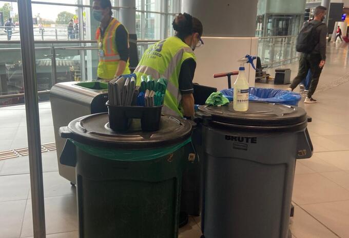 Reciclaje en aeropuerto El Dorado.