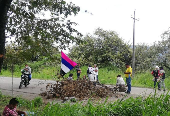 Bloqueos en vías del Huila no se unieron a corredor humanitario definido por la minga