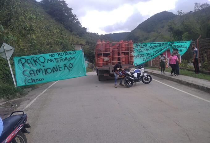 bloqueos vía Risaralda- Chocó