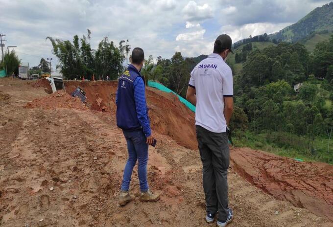 Referencia movimiento en masa en Caldas, Antioquia.