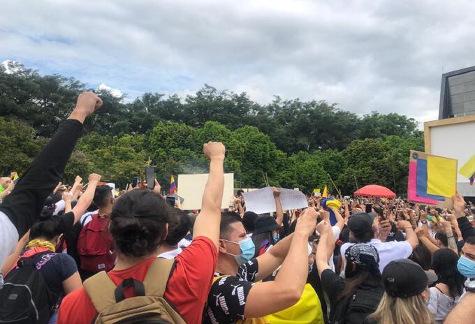 Manifestaciones en el Parque de los Deseos de Medellín