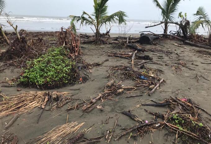 Emergencias por las lluvias y la erosión costera en Bajo Baudó, Chocó.