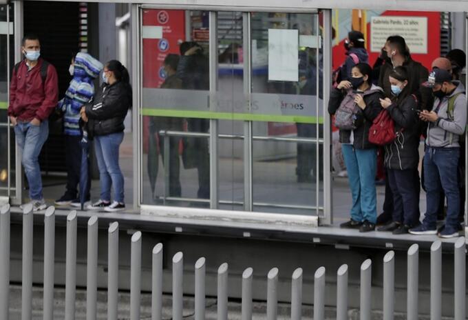 Estación de Transmilenio Héroes fue vandalizada
