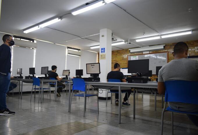 Más de 20 mil estudiantes presentarán la prueba Saber TyT electrónica en SITIO