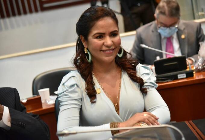 Representante Yenica Acosta