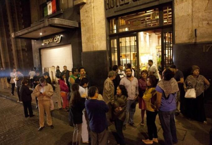 Los protocolos en caso de sismo fueron activados por las autoridades de Ciudad de México.
