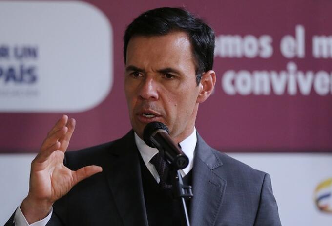 Rueda de prensa ministro Guillermo Rivera